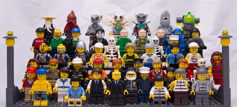 Разнообразие героев Лего