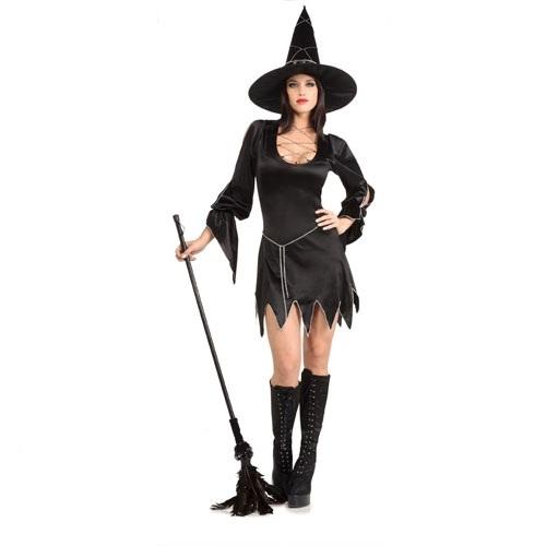 Костюм очаровательной  ведьмочки