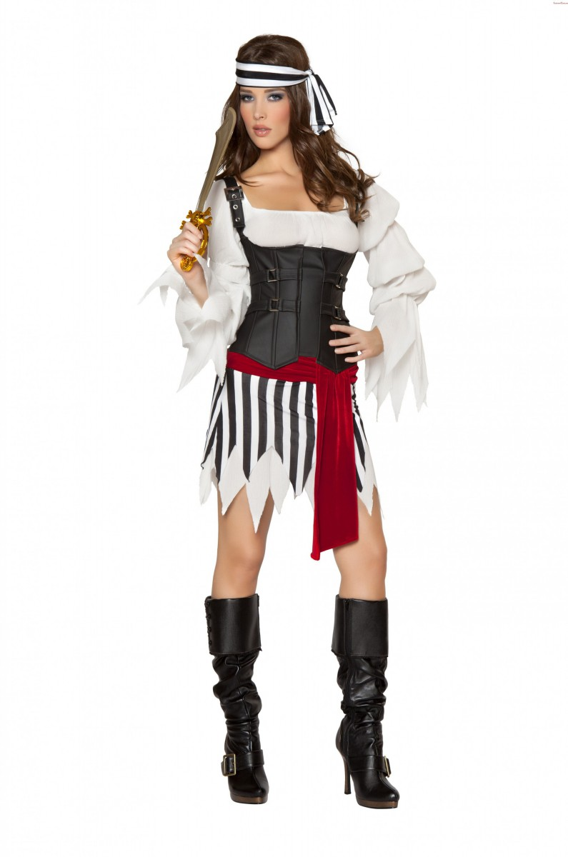 Костюм пиратки для девушки с фото