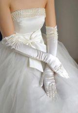 Длинные перчатки белые