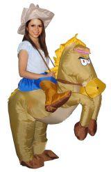 Костюм ковбоя на коне
