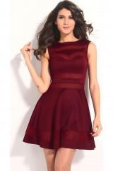 Красное платье со вставками