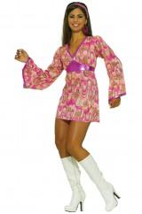 Милая танцовщица хиппи