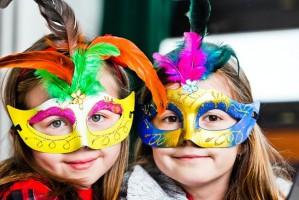 Незаменимые аксессуары для детских новогодних костюмов