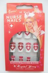 Накладные ногти докторши