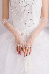 Белые прозрачные перчатки без пальцев