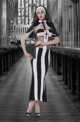 Непослушная монахиня